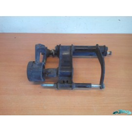 Support moteur Piaggio Mp3
